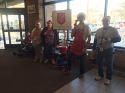 Aktion Club Rings Bells for Salvation Army